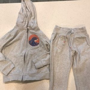 Gymboree jogger sweat suit size 5/6